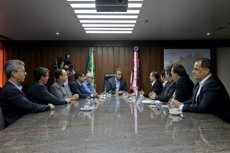 Barrichello Discutem Implantação De Complexo Automobilístico Em Salvador