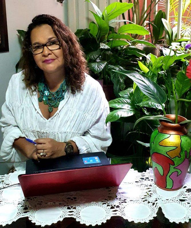 """ENTREVISTA – NILMECY GONÇALVES: SECRETÁRIA MUNICIPAL DA EDUCAÇÃO DE ITABUNA """"QUERO TRAZER À MEMÓRIA AQUILO QUE ME DÁ ESPERANÇA"""""""