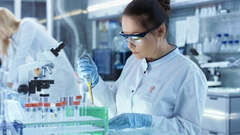 Fiocruz Firma Acordo Para Produção De Vacina Desenvolvida Pela Universidade De Oxford
