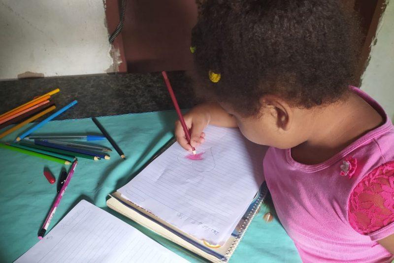 Crianças Da Zona Rural De Queimadas Escrevem Cartas De Apoio A Profissionais Que Atuam No Enfrentamento à Covid-19
