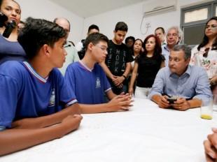 Em 600 viagens ao interior, Rui visitou 415 escolas em todas as regiões da Bahia